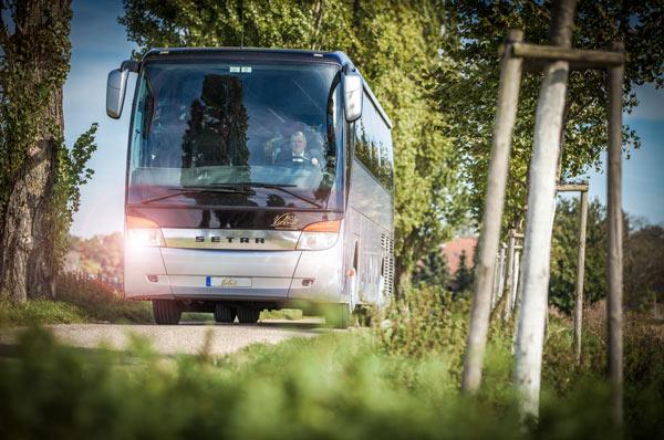 Busreise-tagesreisen-Karlsurhe-viandi